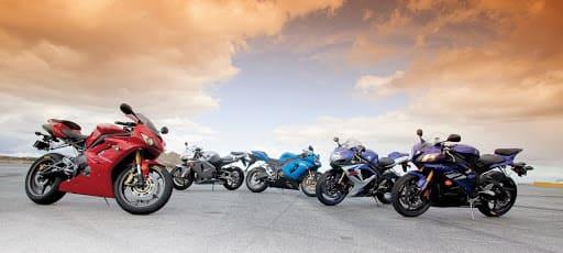 色々なバイクの集合画像