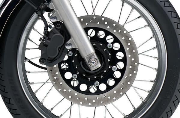 バイクのフロントタイヤの画像