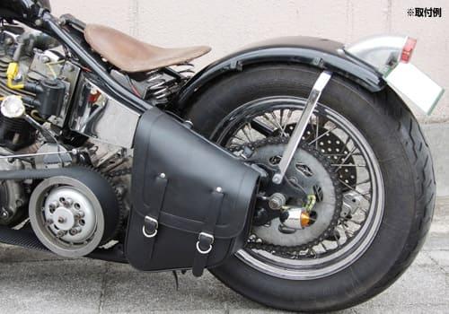 リジットサドルバッグを装着したバイクの画像