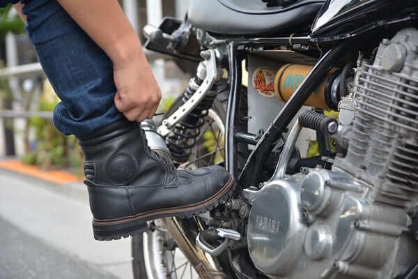 バイク用ブーツの画像