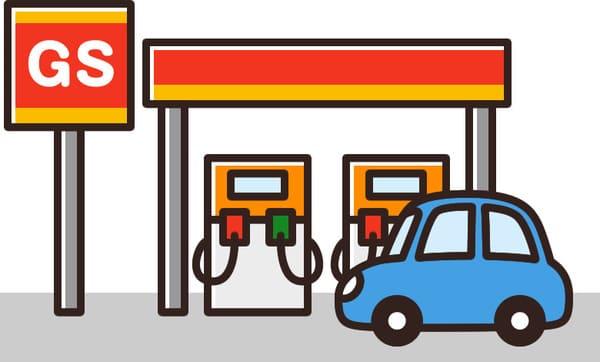 ガソリンスタンドと車の画像
