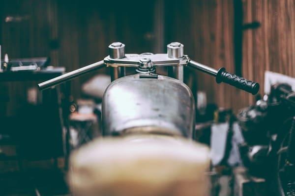 バイクガレージの画像