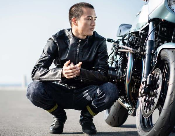 SWICH RIDERSとバイクの画像