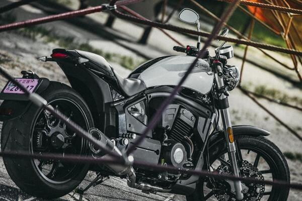 レオンアートのバイクの画像