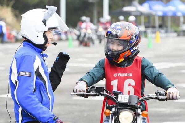バイク初心者の為の運転講習の様子の画像