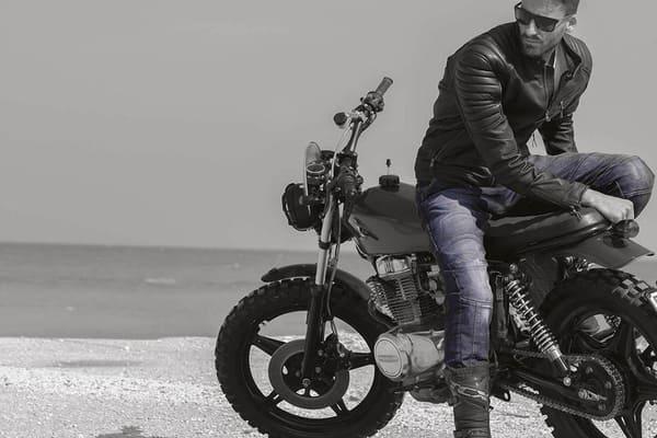 バイクの服の画像