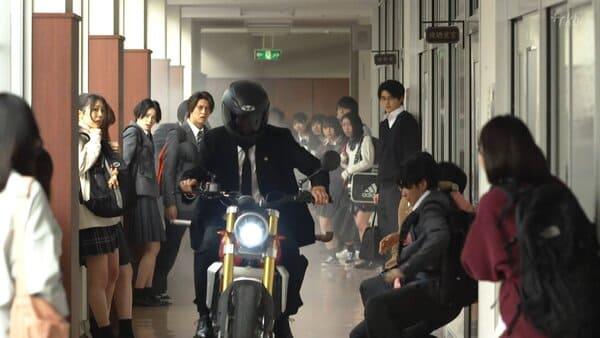 ドラゴン桜に出てきたバイクの画像
