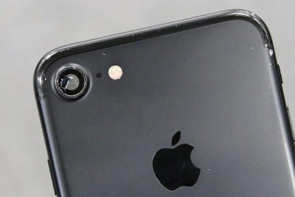 スマホカメラが壊れている画像