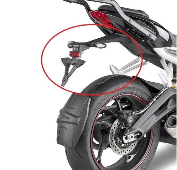 バイクのリアフェンダーの画像
