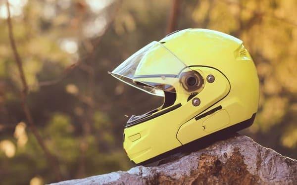 フルフェイスヘルメットの画像